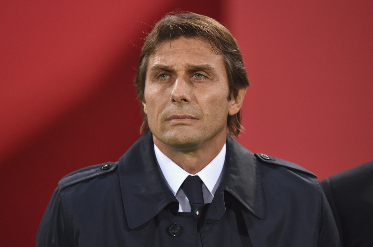 BOLOGNA, ITALY - NOVEMBER 17: Head coach Italy Antonio Conte looks on prior to the international friendly match between Italy and Romania at Stadio Renato Dall'Ara on November 17, 2015 in Bologna, Italy. (Photo by Valerio Pennicino/Getty Images)