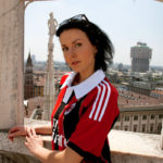 acmilanac-milan-girl-two-milano-skylinearticle-2281399-17AB1454000005DC-371_306x423Beautiful-female-